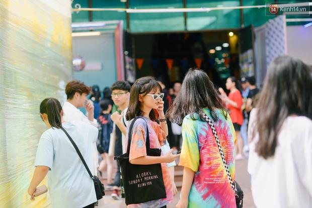 Trời Hà Nội có nắng nóng thì cũng chẳng nhiệt bằng không khí mua sắm, vui chơi của giới trẻ tại kì hội chợ The New District trong cuối tuần này - Ảnh 4.