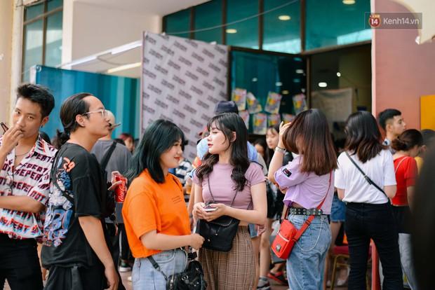 Trời Hà Nội có nắng nóng thì cũng chẳng nhiệt bằng không khí mua sắm, vui chơi của giới trẻ tại kì hội chợ The New District trong cuối tuần này - Ảnh 13.