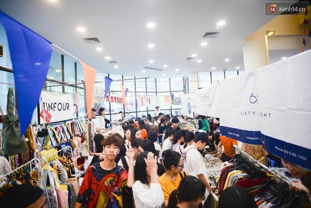 Trời Hà Nội có nắng nóng thì cũng chẳng nhiệt bằng không khí mua sắm, vui chơi của giới trẻ tại kì hội chợ The New District trong cuối tuần này - Ảnh 1.