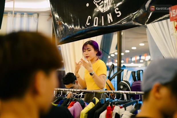 Trời Hà Nội có nắng nóng thì cũng chẳng nhiệt bằng không khí mua sắm, vui chơi của giới trẻ tại kì hội chợ The New District trong cuối tuần này - Ảnh 9.