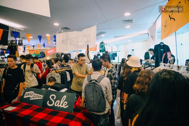 Trời Hà Nội có nắng nóng thì cũng chẳng nhiệt bằng không khí mua sắm, vui chơi của giới trẻ tại kì hội chợ The New District trong cuối tuần này - Ảnh 11.