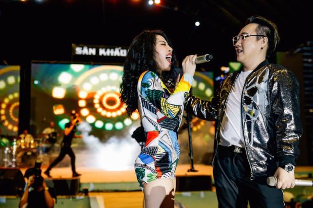 Trung Quân tổ chức liveshow đầu tiên kỷ niệm 10 năm ca hát, gợi nhiều kỷ niệm khi ôn lại loạt hit cũ - Ảnh 6.