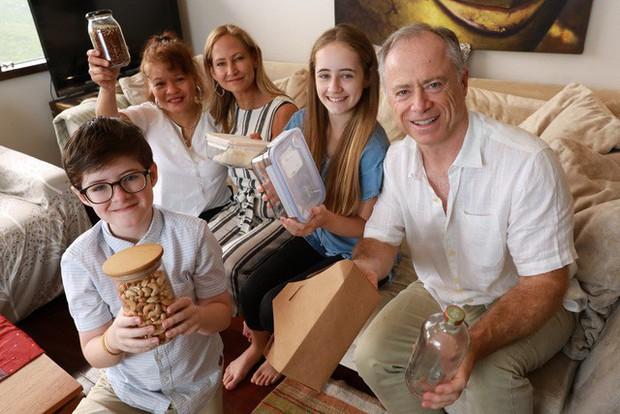 Sau 3 tháng tập sống không nhựa, gia đình này đã làm nên điều bất ngờ không tưởng: Toàn những lợi ích bất ngờ từ cuộc sống xanh! - Ảnh 1.
