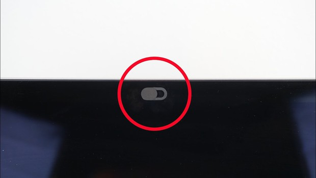 Vụ việc chấn động quá khứ ít ai biết là nỗi sợ khiến Mark Zuckerberg cũng phải che tịt webcam - Ảnh 3.
