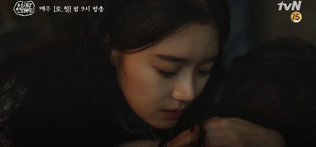 Tình cha con tương tàn: Song Joong Ki và Jang Dong Gun đối đầu siêu gắt trong Arthdal Niên Sử Kí tập 11 - Ảnh 9.