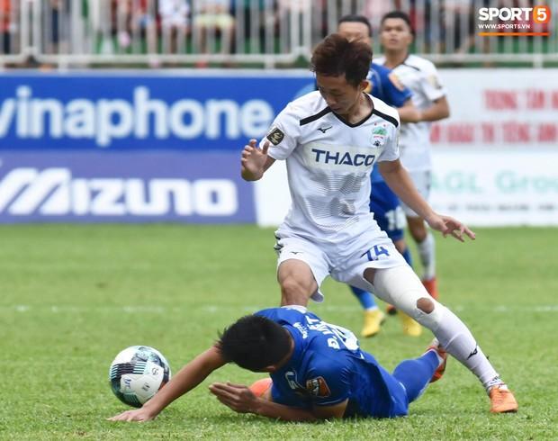 Tin rất buồn cho thầy Park: Sao HAGL được chẩn đoán gãy xương sườn, nguy cơ lỡ Vòng loại World Cup - Ảnh 4.