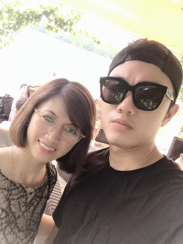 Xuân Trường đeo kính đen cool ngầu đi nghỉ mát cùng gia đình - Ảnh 6.
