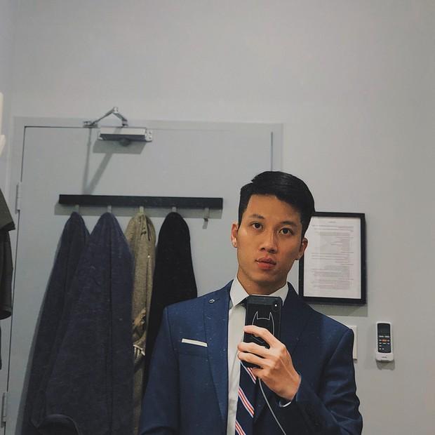Thầy giáo Việt hot nhất MXH những ngày qua: Đẹp trai cao ráo như người mẫu, là thạc sĩ Ngôn ngữ tại Úc - Ảnh 5.