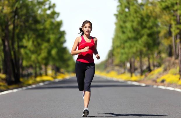 Cô gái chảy 2200ml máu trong ổ bụng sau khi chạy bộ, bác sĩ cảnh báo về giai đoạn phụ nữ không được vận động mạnh - Ảnh 2.