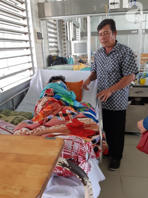 Đi phụ hồ giúp gia đình, bé trai 15 tuổi bị cây đâm xuyên mặt, phải bỏ một bên mắt - Ảnh 4.