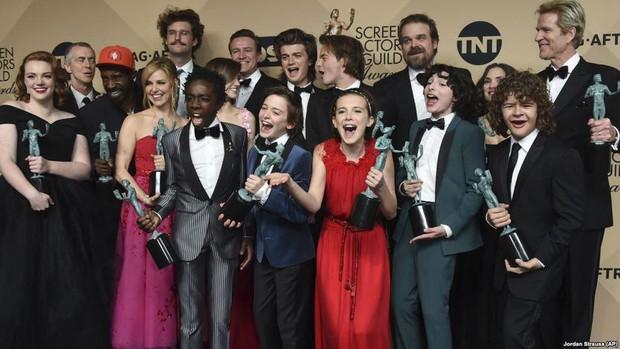 Stranger Things mùa 3 chưa hạ màn, khán giả lại đứng ngồi không yên khi nội dung phần 4 đã an bài - Ảnh 7.