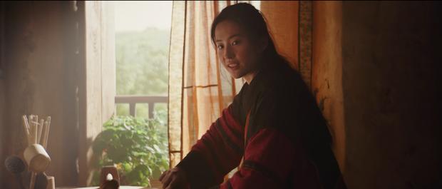 Disney tung trailer Mulan: Lưu Diệc Phi cực xuất thần giữa chất phương đông đặc sệt - Ảnh 6.