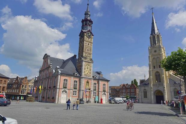 Những điều thú vị về nơi ở mới của Công Phượng tại Bỉ: Cổ kính, bình yên và món bia độc lạ làm từ hoa quả - Ảnh 1.