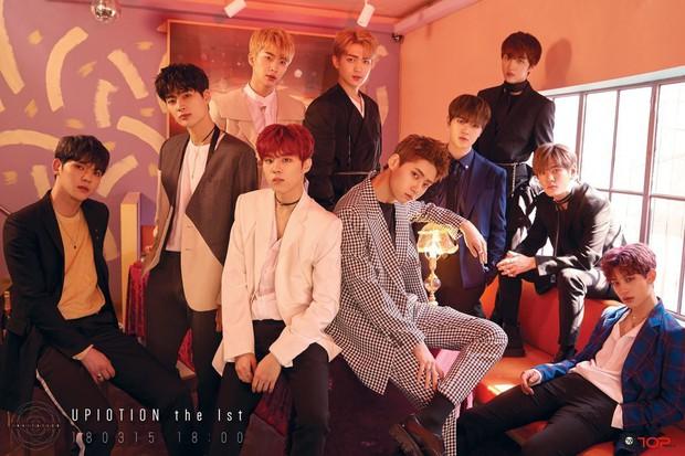 """Boygroup debut năm 2015 sau 5 năm: iKON từ """"tân binh khủng long"""" thành """"bom xịt"""", hàng loạt nhóm mất thành viên, chỉ 1 nhóm thành """"ông hoàng album"""" thế hệ mới - Ảnh 24."""