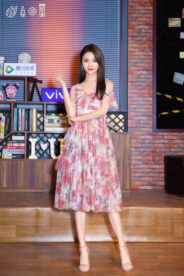 Lộ diện nữ chính Ngôi nhà hạnh phúc bản Trung: Nhan sắc gây tranh cãi khi được so sánh với Song Hye Kyo - Ảnh 14.