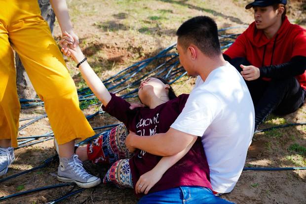 Dương Lâm, Puka khóc lóc sợ hãi, Gin Tuấn Kiệt ói ngay tại chỗ khi trải nghiệm xe vượt địa hình - Ảnh 5.