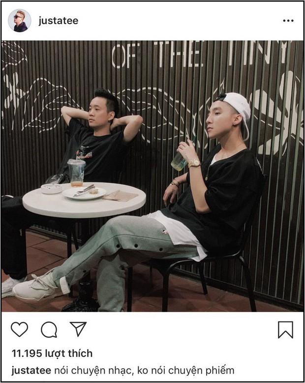 """Justatee đăng ảnh cùng Sơn Tùng, thả thính đang """"nói chuyện nhạc""""  - Ảnh 1."""