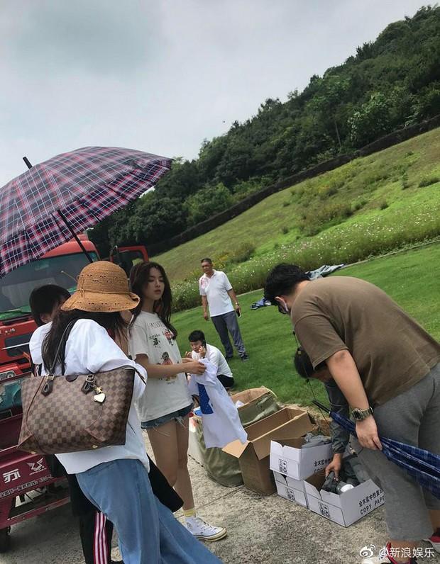 Lộ diện nữ chính Ngôi nhà hạnh phúc bản Trung: Nhan sắc gây tranh cãi khi được so sánh với Song Hye Kyo - Ảnh 20.