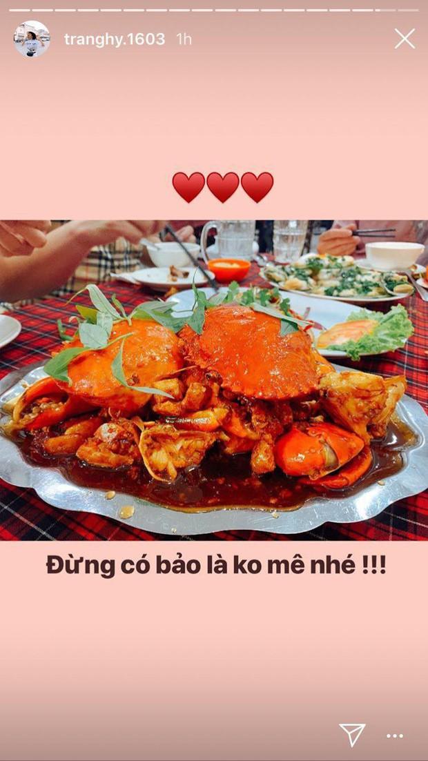 Hoá ra Trang Hý cũng mê mệt món cua đang gây sốt này: Đừng có bảo là không mê nhé! - Ảnh 1.