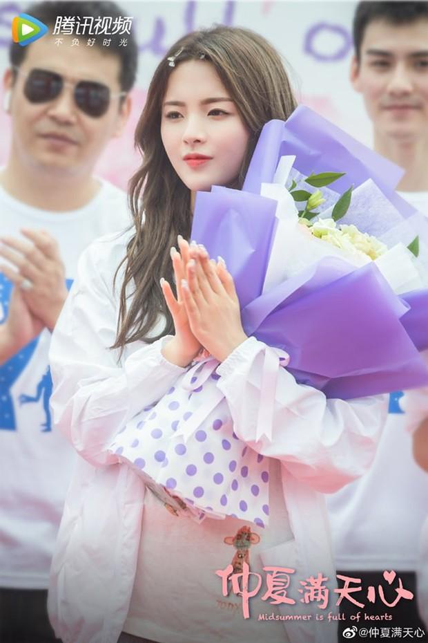 Lộ diện nữ chính Ngôi nhà hạnh phúc bản Trung: Nhan sắc gây tranh cãi khi được so sánh với Song Hye Kyo - Ảnh 2.