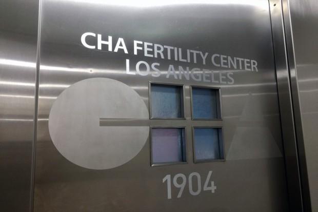Cặp vợ chồng châu Á chi 2,3 tỷ thụ tinh trong ống nghiệm, tưởng được thỏa ước nguyện nhưng sốc nặng khi nhìn thấy 2 đứa trẻ chào đời - Ảnh 2.