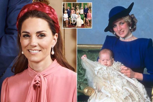 Hai chi tiết đặc biệt xúc động trong lễ rửa tội của bé Archie, chưa từng xảy ra ở 3 con nhà Công nương Kate - Ảnh 4.