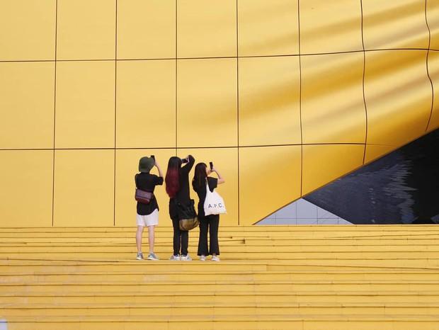 Phát hiện background đẹp không góc chết tại Seoul: Đến đây chụp đủ 365 kiểu ảnh để dành sống ảo nguyên cả năm cũng được - Ảnh 15.
