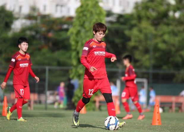 U15 Việt Nam tập buổi đầu tiên tại Nhật Bản, đội tuyển nữ đón tin vui từ các cầu thủ trụ cột - Ảnh 4.