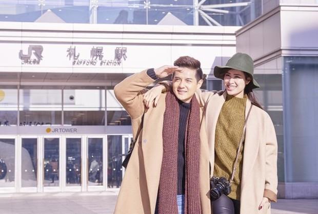 Xem loạt ảnh du lịch đẹp còn hơn ảnh cưới của Đông Nhi và Ông Cao Thắng, bảo sao fan suốt ngày nhắc hai anh chị cưới ngay và luôn - Ảnh 4.