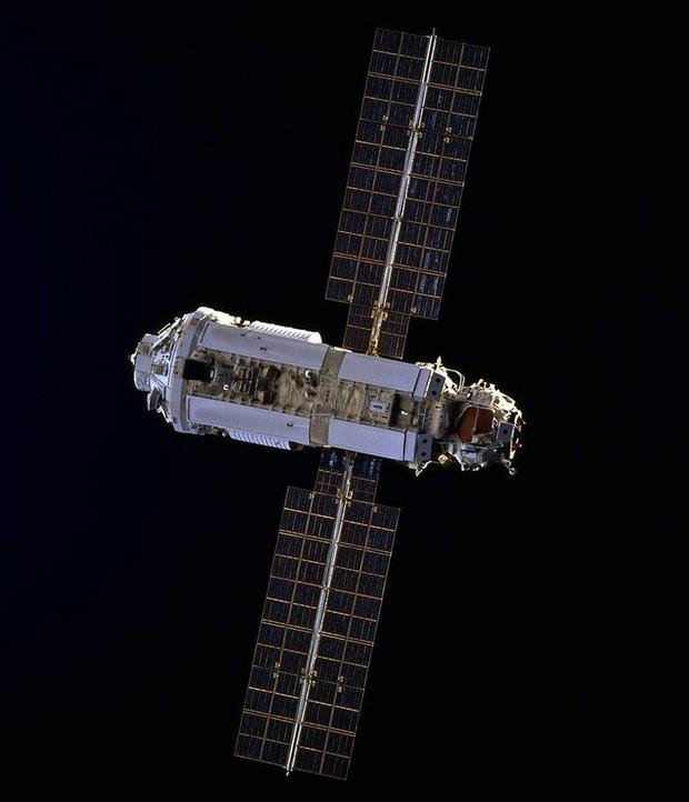 Tương lai bất định của trạm vũ trụ ISS khi NASA muốn trở lại Mặt trăng - Ảnh 2.
