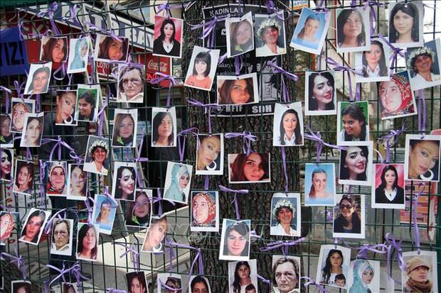 137 phụ nữ bị sát hại mỗi ngày do bạo lực gia đình - Ảnh 1.