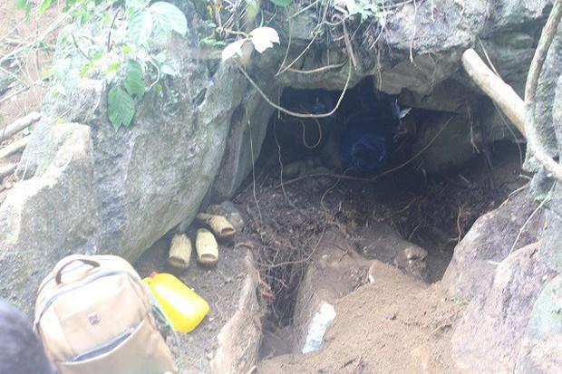 Hàng trăm người dân thất vọng về nhà sau nhiều ngày xẻ núi tìm đá quý - Ảnh 5.