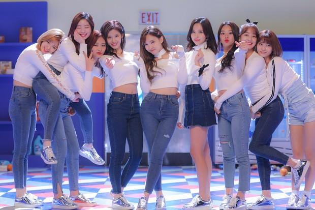 """JYP lên kế hoạch trình làng """"em gái"""" TWICE và ITZY tại Nhật , 2 đàn chị đình đám cùng nhà có nên lo lắng? - Ảnh 4."""
