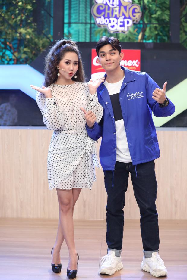 Jun Phạm ra sức phá hoại đối thủ Tường Vy trong show nấu ăn - Ảnh 3.