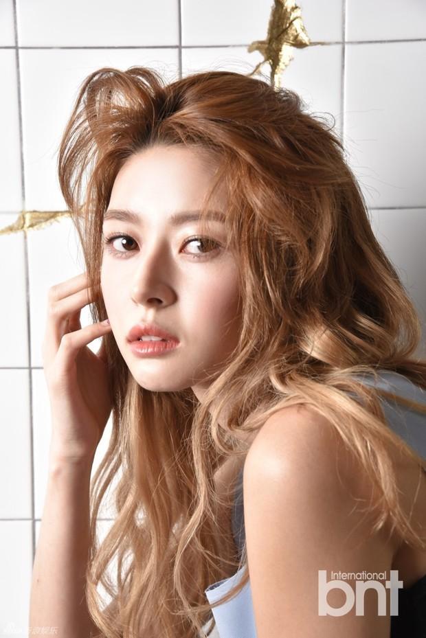 Chân dài Kpop thành tình tin đồn mới của Lee Jong Suk: Quá đẹp, body bốc lửa nhưng sự nghiệp sao lại lận đận thế này? - Ảnh 7.