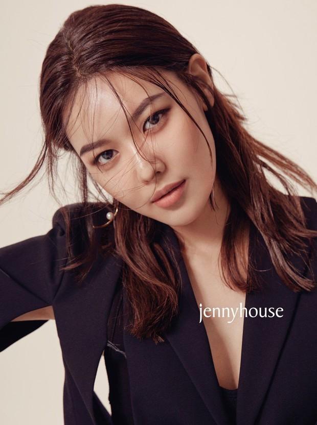 9 idol thành đại gia bất động sản giàu nhất Kpop: Nữ thần Yoona chịu thua trước đối thủ, duy nhất 1 thành viên BTS lọt top - Ảnh 13.