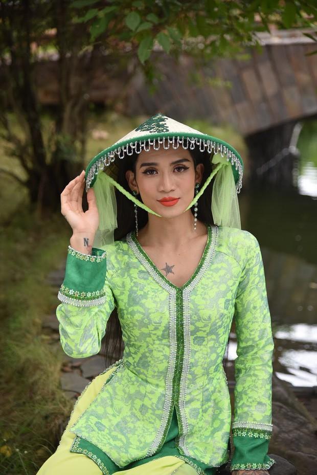 """Ở Tây Bắc có Hoàng Thùy Linh mở """"Ngữ Văn Party"""" thì ở làng cổ Tây Nam Bộ có BB Trần mở """"Giải Nghiệp Party"""" - Ảnh 17."""