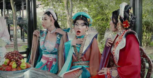"""Ở Tây Bắc có Hoàng Thùy Linh mở """"Ngữ Văn Party"""" thì ở làng cổ Tây Nam Bộ có BB Trần mở """"Giải Nghiệp Party"""" - Ảnh 5."""