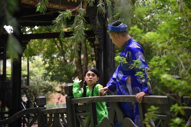 """Ở Tây Bắc có Hoàng Thùy Linh mở """"Ngữ Văn Party"""" thì ở làng cổ Tây Nam Bộ có BB Trần mở """"Giải Nghiệp Party"""" - Ảnh 13."""