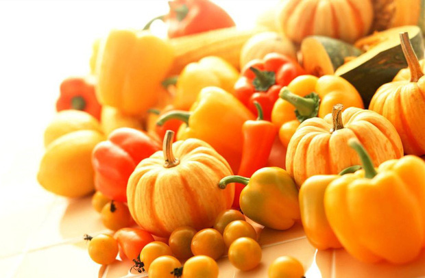 Nghiên cứu chứng minh: Ăn những thực phẩm màu vàng sẽ giúp bạn sống hạnh phúc và chống trầm cảm - Ảnh 2.