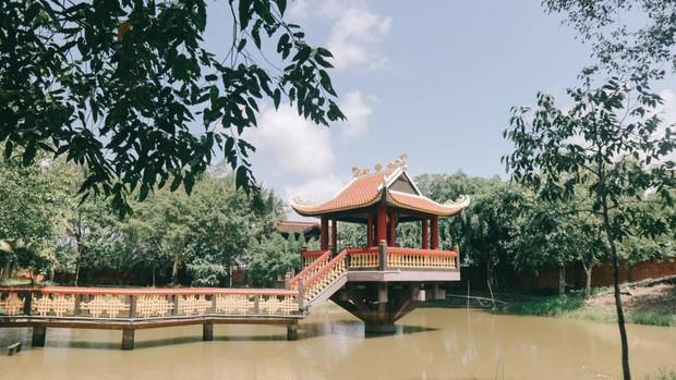 """Ở Tây Bắc có Hoàng Thùy Linh mở """"Ngữ Văn Party"""" thì ở làng cổ Tây Nam Bộ có BB Trần mở """"Giải Nghiệp Party"""" - Ảnh 11."""