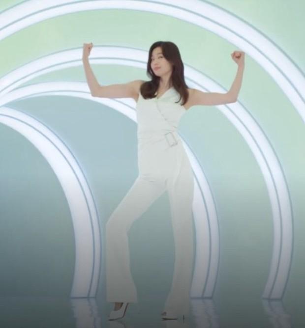 Mợ chảnh Jeon Ji Hyun: Mỹ nhân thành công nhất Kbiz, sự nghiệp, đời tư đều lấn lướt Song Hye Kyo - Kim Tae Hee? - Ảnh 4.