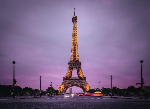 Boygroup nhà JYP đăng hình check-in với tháp Eiffel mà không biết đã vi phạm luật quốc tế, phải đến khi fan comment mới xoá vội ảnh? - Ảnh 8.