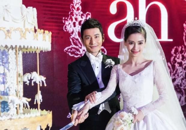 Chỉ đợi phân chia tài sản xong, Huỳnh Hiểu Minh sẽ tuyên bố đã ly hôn với Angela Baby? - Ảnh 1.