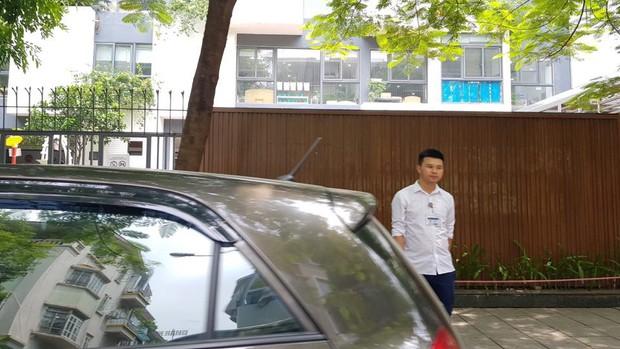 Trường Gateway, Sakura họp khẩn phụ huynh sau vụ học sinh lớp 1 bị tử vong trên xe đưa đón - Ảnh 2.