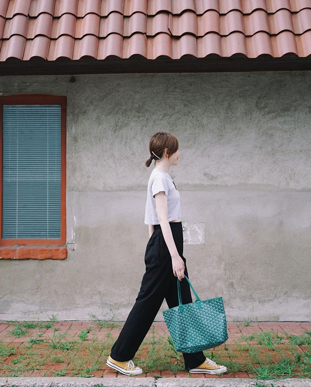 Mặc sành điệu cỡ fashion blogger thực ra dễ ợt, bạn chỉ cần học hỏi 4 tips đơn giản sau từ họ - Ảnh 11.