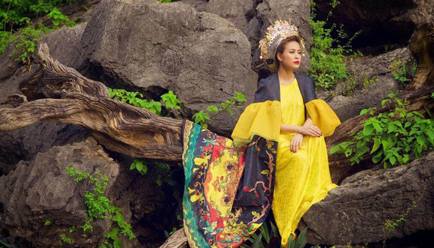 3 lần Hoàng Thùy Linh mang trang phục đậm văn hóa Việt vào MV ca nhạc: Đẹp mộng mị khiến người xem mãn nhãn - Ảnh 11.