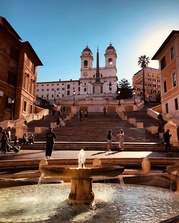 """Kỳ lạ """"bậc thang Tây Ban Nha"""" nhưng lại nằm ở Ý, luôn chật kín người lại có quy định phạt vô cùng khắt khe? - Ảnh 7."""