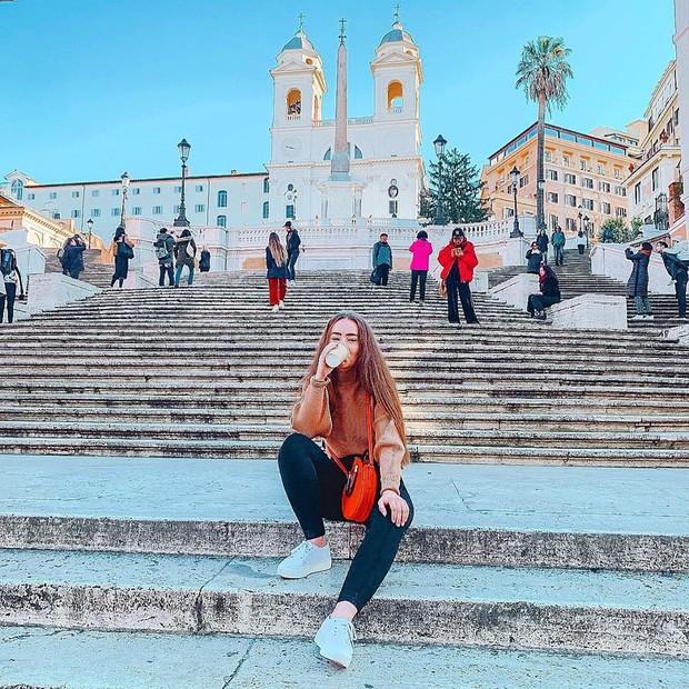 """Kỳ lạ """"bậc thang Tây Ban Nha"""" nhưng lại nằm ở Ý, luôn chật kín người lại có quy định phạt vô cùng khắt khe? - Ảnh 22."""