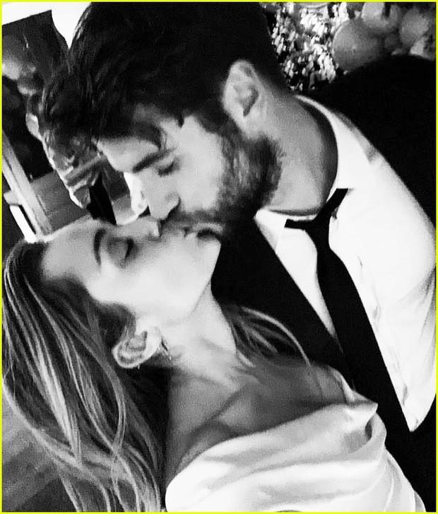 Hơn 1 thập kỷ tan hợp triền miên, yêu rồi cưới, hành trình mà Miley và Liam đã cùng trải qua không thể đong đếm bằng lời - Ảnh 13.